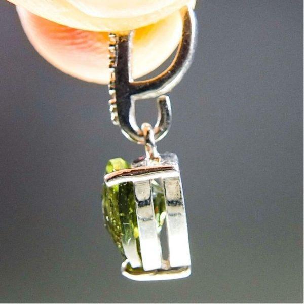 【鑑定書付き】ボトルグリーンモルダバイトジルコニア付き 品質A 1.4グラム 2